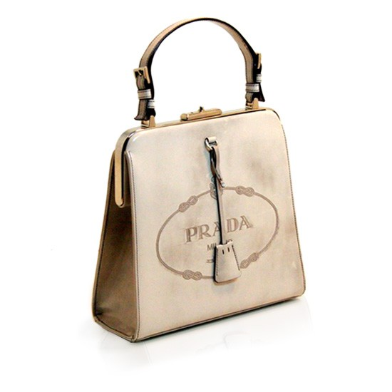 Kerry-Washington-Prada-Fall-2005-Bag