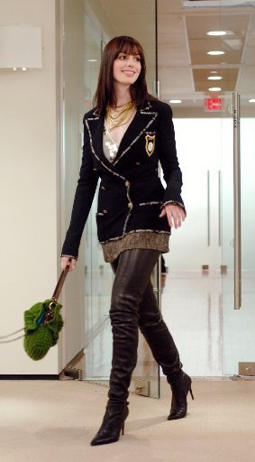 283x512_7885_The-Devil-Wears-Prada-chanel-boots_large
