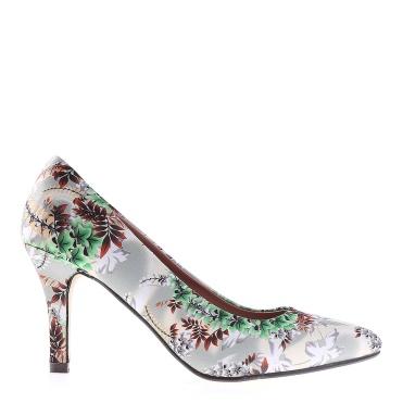 Shoes via Kalapod.ro